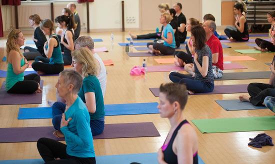 yoga teacher training laura | laura green yoga