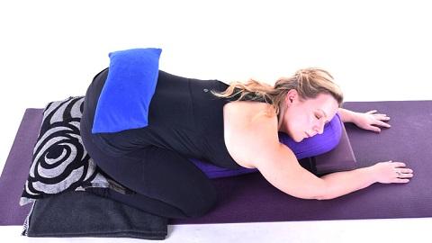 Restorative Yoga with Laura Green